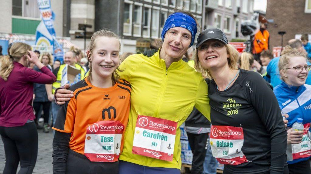 Stevensloop na finish - Tess Helene Carolien